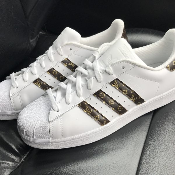 CUSTOM 18K GOLD LV SUPERSTAR